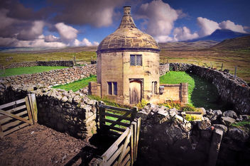 Stone Walled House - image #424829 gratis