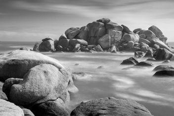 Tregastel - dans la brume maritime - image gratuit #427879