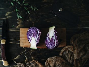 Purple cabbage and knife - image #136499 gratis