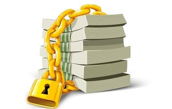 Money with gold lock - vector gratuit #177639
