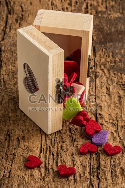 Colored hearts in box - Free image #182999