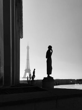 Sculptures at Trocadero, Tour Eiffel, Paris, France - image #186849 gratis
