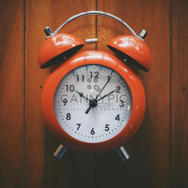 Red alarm clock - image #187119 gratis