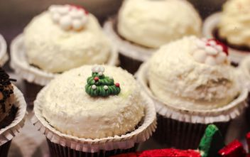 Coconut cupcakes - Free image #187329
