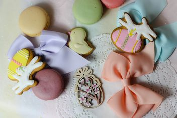 Cookies decorated with ribbons - image gratuit #187559