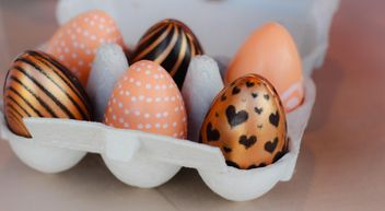 Easter eggs in box - image #187569 gratis
