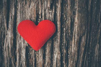 Red heart on the wood texture - бесплатный image #197939