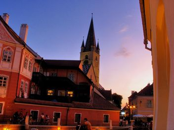 Medieval city in sunset light, night, view, sun, evening, street, building - Kostenloses image #198169