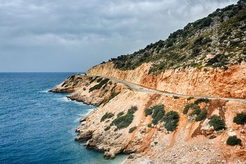 Sunny landscape of sea and road - image #198679 gratis