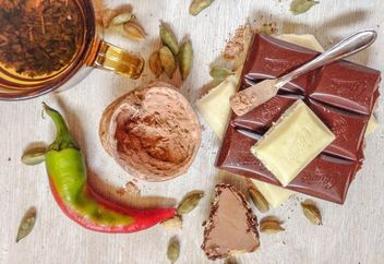 #mirta cup of tea, chocolate white black milk, red green pepper , walnut, sweets, cinnamon, cardamom - image #198919 gratis