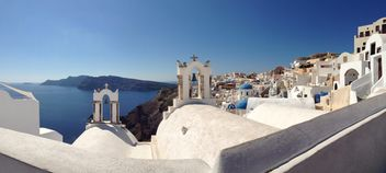 Beautiful architecture on Santorini island - image #200679 gratis