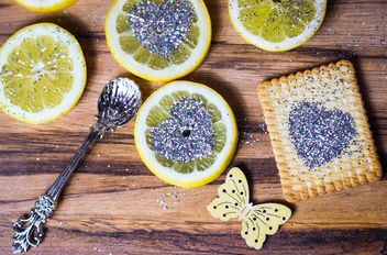 lemon with glitter butterflies - image gratuit #225449
