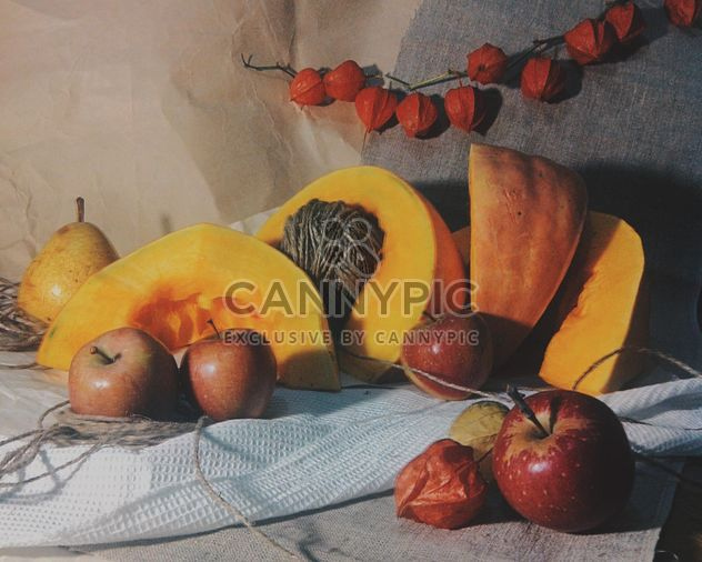 steel life with pumpkin and apple - бесплатный image #272169