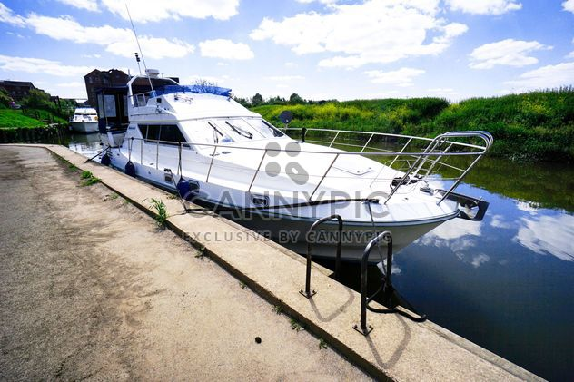 Yacht on Avon river - Free image #273109