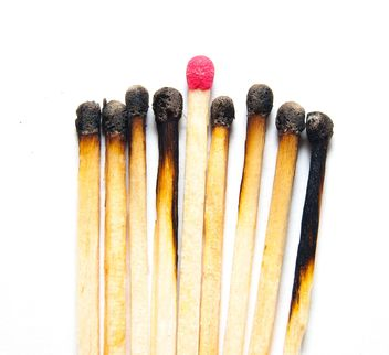 burnt matches - image gratuit #273179
