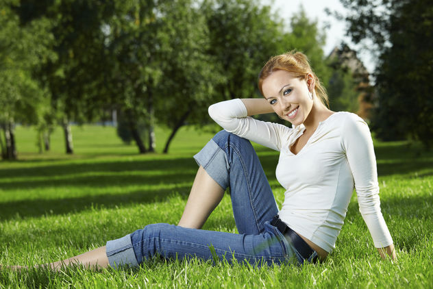 Girl on a lawn - Free image #284929