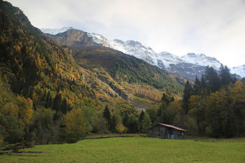 Autumn in the world of mountains - image #287209 gratis