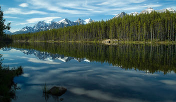 Morning on Herbert Lake.jpg - image gratuit #292539