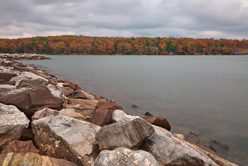 Cloudy Deep Creek Autumn - HDR - image gratuit #295069