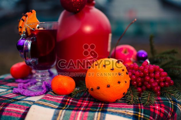 hot mulled wine in beautiful glasses - image gratuit #297529