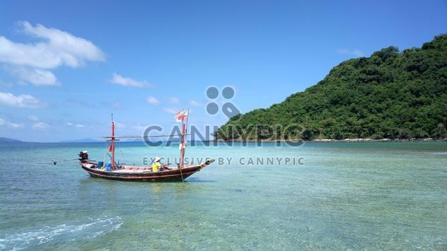 Boat on the beach Thailand - Kostenloses image #301439