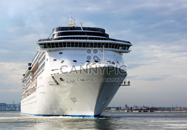 large beautiful cruise ship at sea - Free image #301599