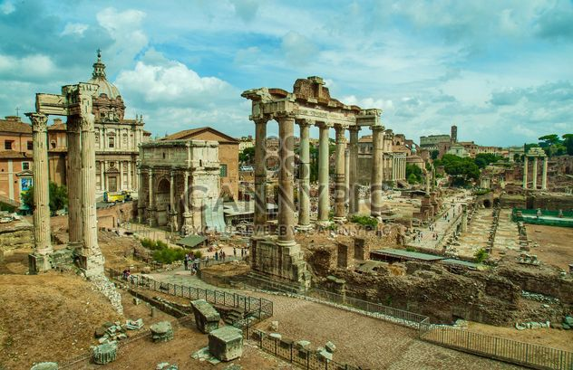 the Triumphal Arch of Roman Forum - image gratuit #302359