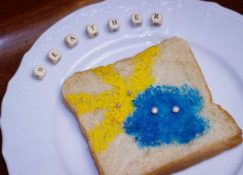 Painted toast bread - image gratuit #302519