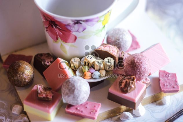 Strawberry Chocolate pieces and tea cup - image gratuit #302779