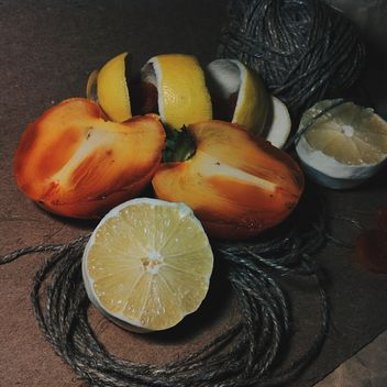 Lemon peel, sliced tangle and dried apricot - image gratuit #302849