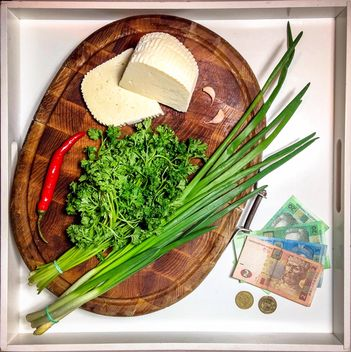 Still life with onion, chili pepper, garlic, cheese, cilantro - Kostenloses image #304029