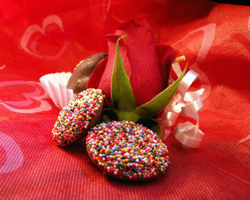 Red and Chocolate, My Favorites! - Free image #307569