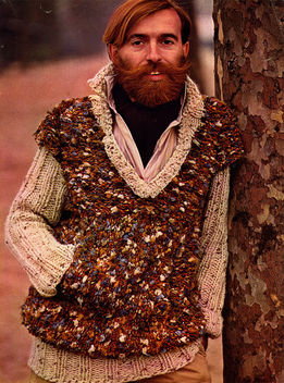 Comb the beard, not the sweater - Free image #313929