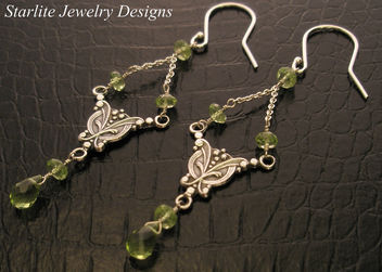 Starlite Jewelry Designs - Briolette Earrings - Jewelry Design ~ Peridot Earrings - image #314059 gratis