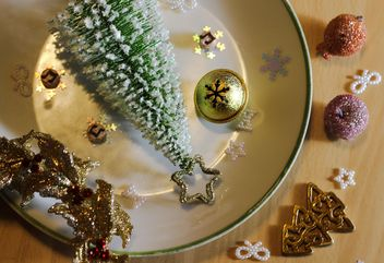 Still life of Christmas decorations - Kostenloses image #326519