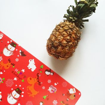 pineapple and red fun napkin - image #329269 gratis