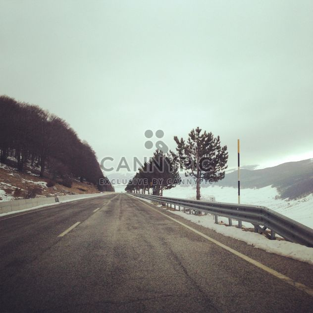 View on road in winter - Kostenloses image #331189