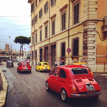 Colored Fiat cars on the road in the city, Italy - image gratuit #331919