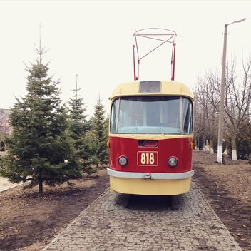 Old red tram in street - image gratuit #332199