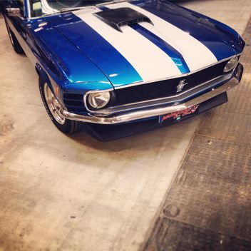 Blue Ford Mustang - image gratuit #332249