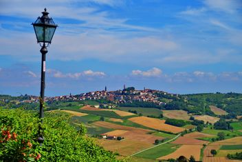 View on Monferrato village in Piemonte - Kostenloses image #334779