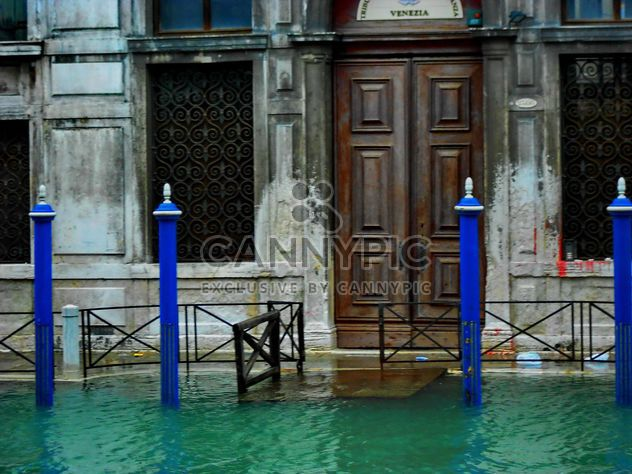 Onset of high water in Venice - Free image #334989