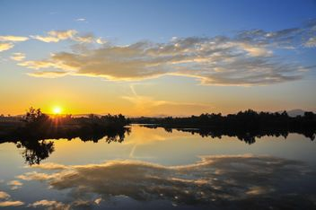 Morning sunrise on a lake - бесплатный image #344229