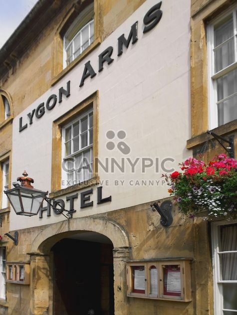 Facade of hotel in Chipping Campden - бесплатный image #346219