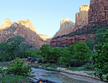 First Light on The Patriarchs, Zion NP 2014 - image gratuit #443779