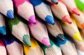 Macro Photo of Sharpened Colored Pencils - image gratuit #451869