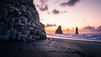 Sunrise in Reynisfjara Beach - Iceland - Travel photography - бесплатный image #451989