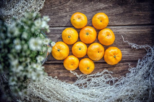 Tangerines on wooden background - Kostenloses image #452499