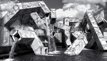 Vaillancourt Fountain - бесплатный image #453859