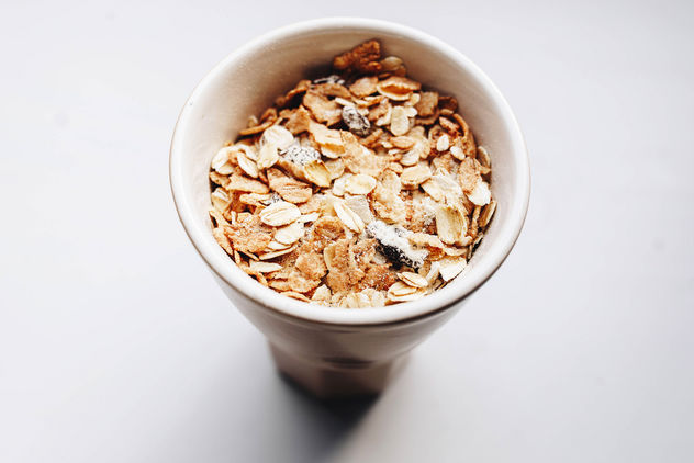 Top view of muesli in a cup. Close up - image #456209 gratis